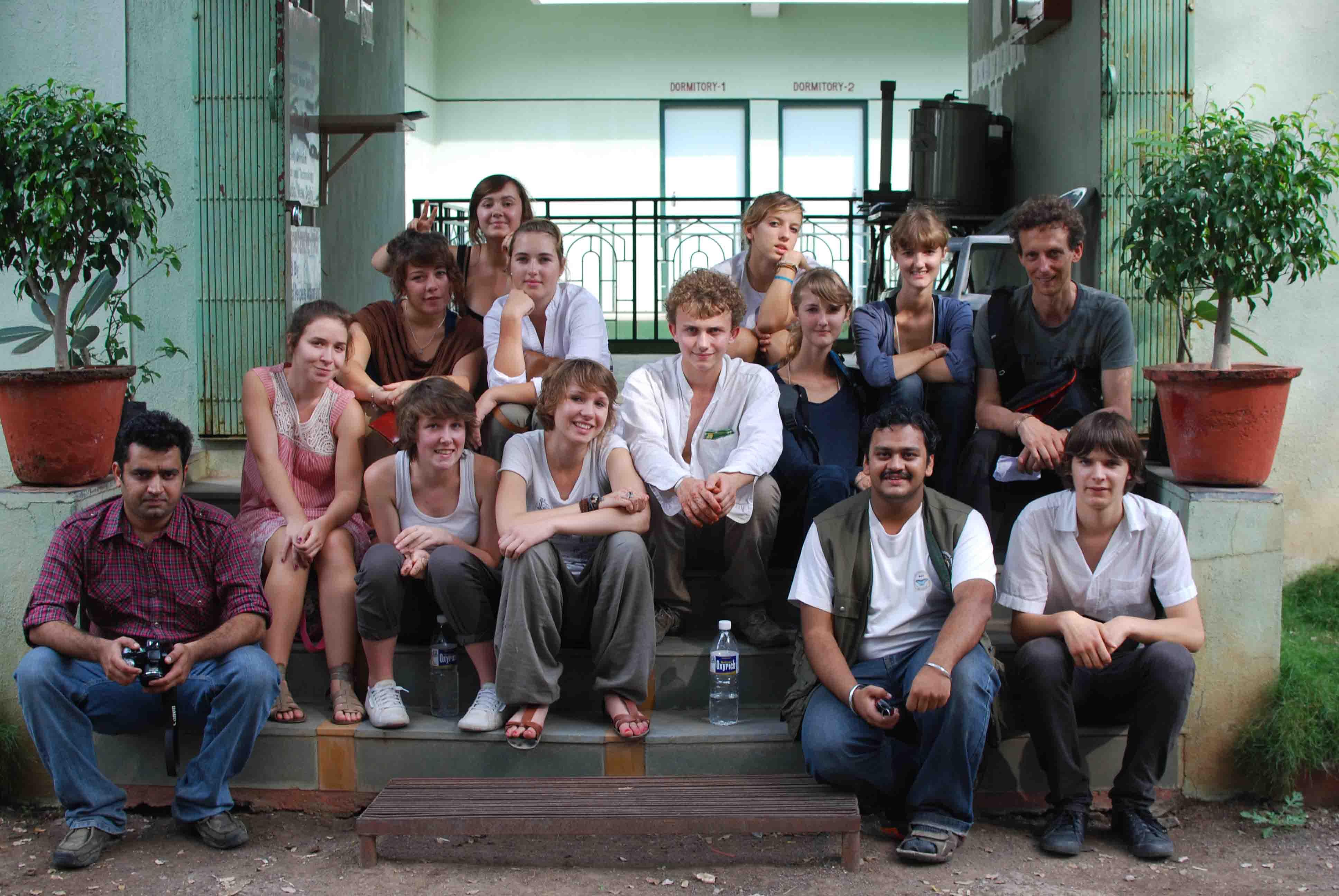 Groupe lycéens le verrier saint-Lô Phaltan inde arti trekdi team anand karve